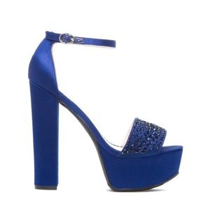 Shoes - Sexy Navy High Heels!!!!